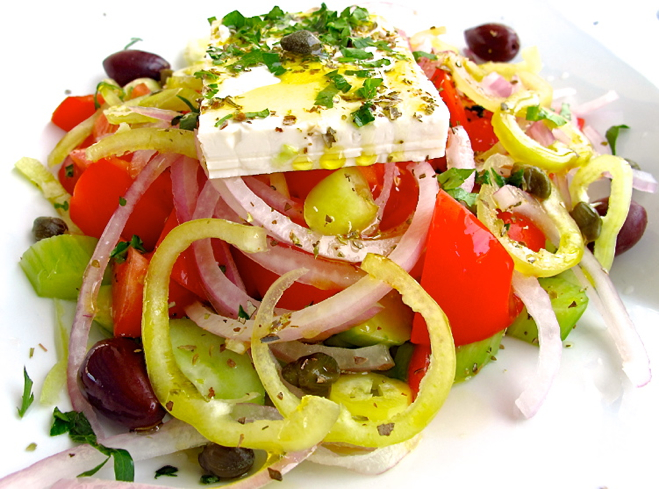 greek-salad-santorini